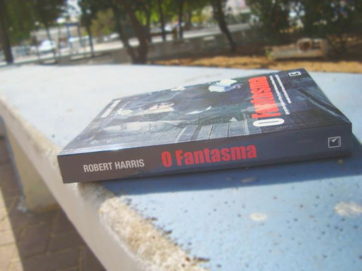 lombada do livro O Fantasma