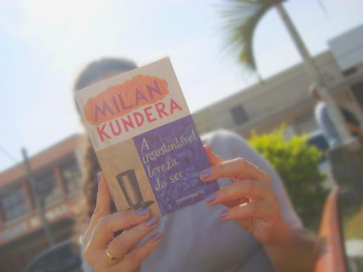 capa do  livro A insustentável leveza do ser de Milan Kundera