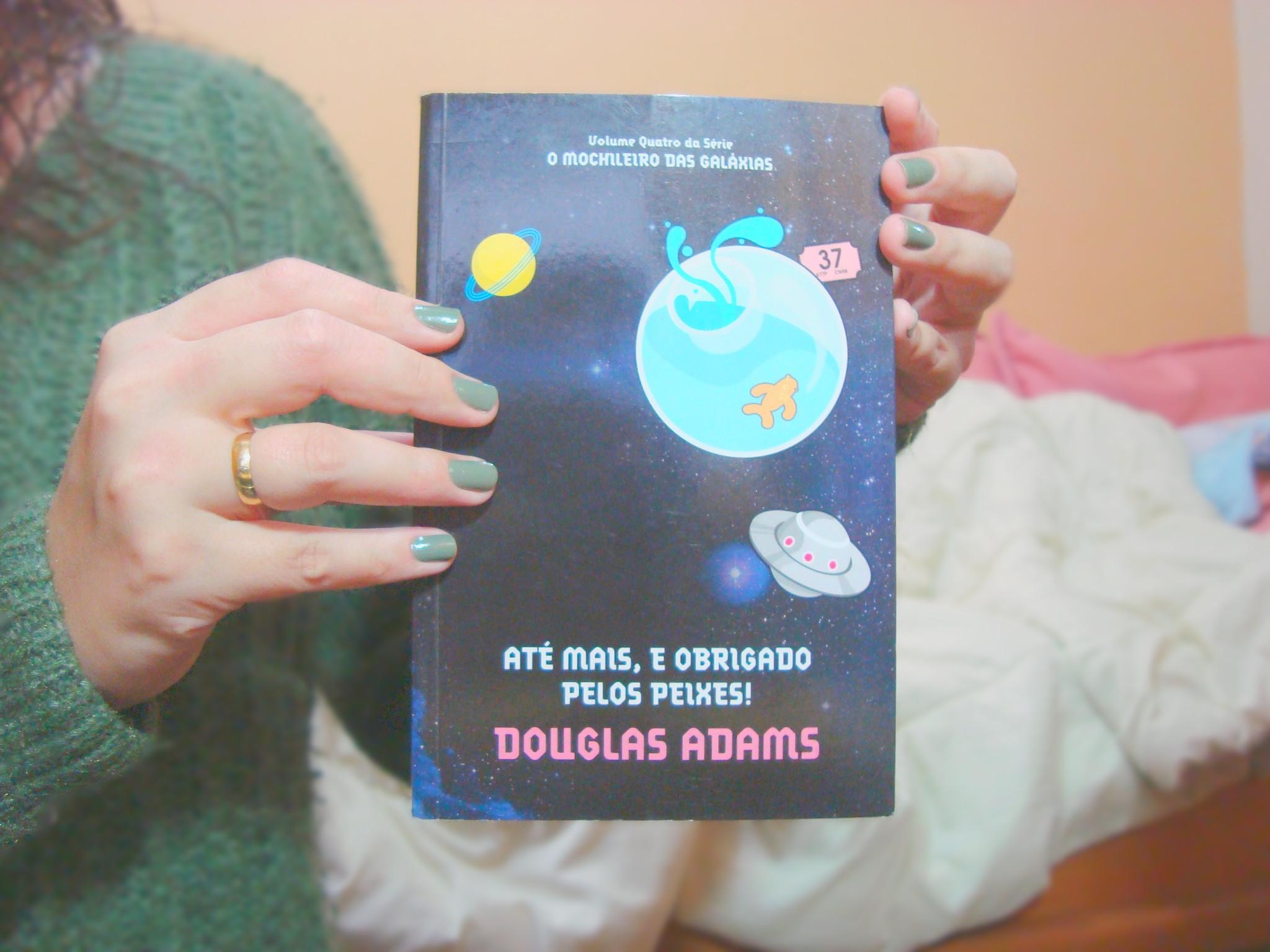 Capa do livro Até mais, e obrigado pelos peixes da série O Guia do Mochileiro das Galaxias