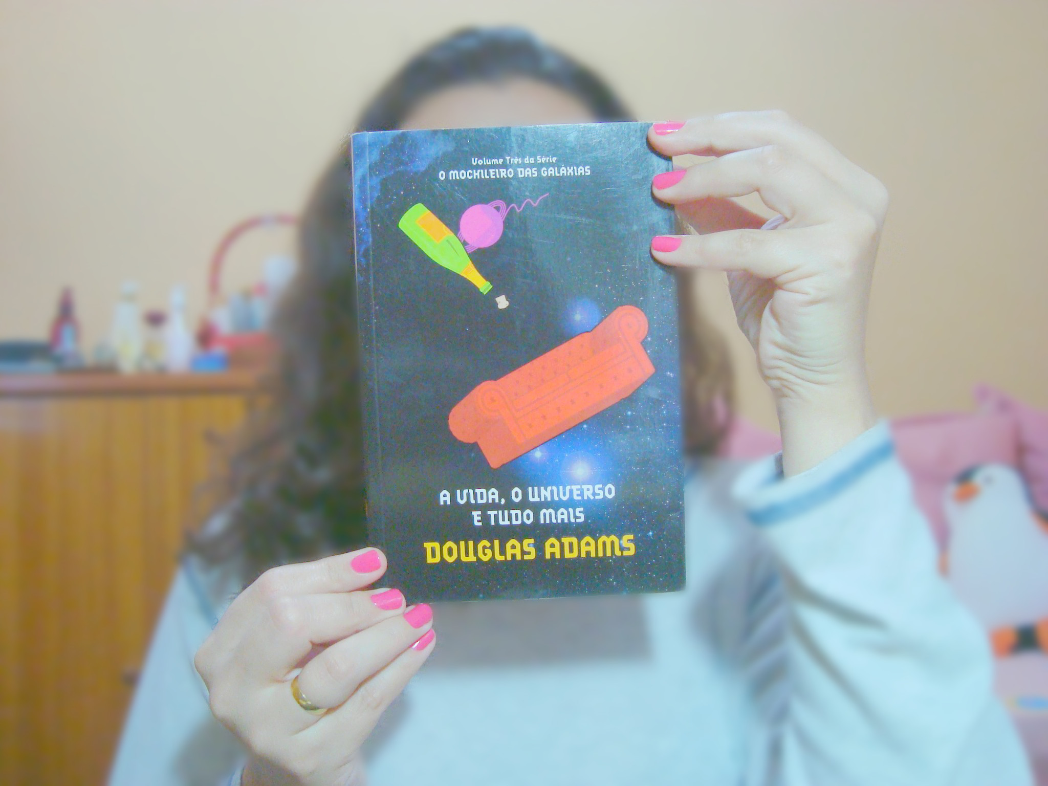 capa  livro A vida, o universo e tudo mais da série O Guia do Mochileiro das Galáxias