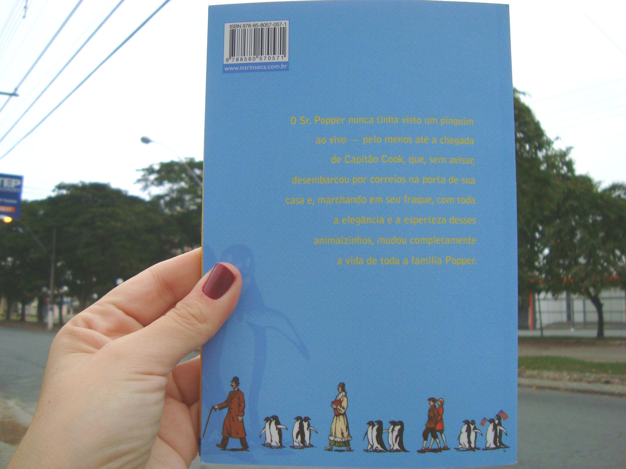 Contra Capa do livro Os pinguins do Sr Popper