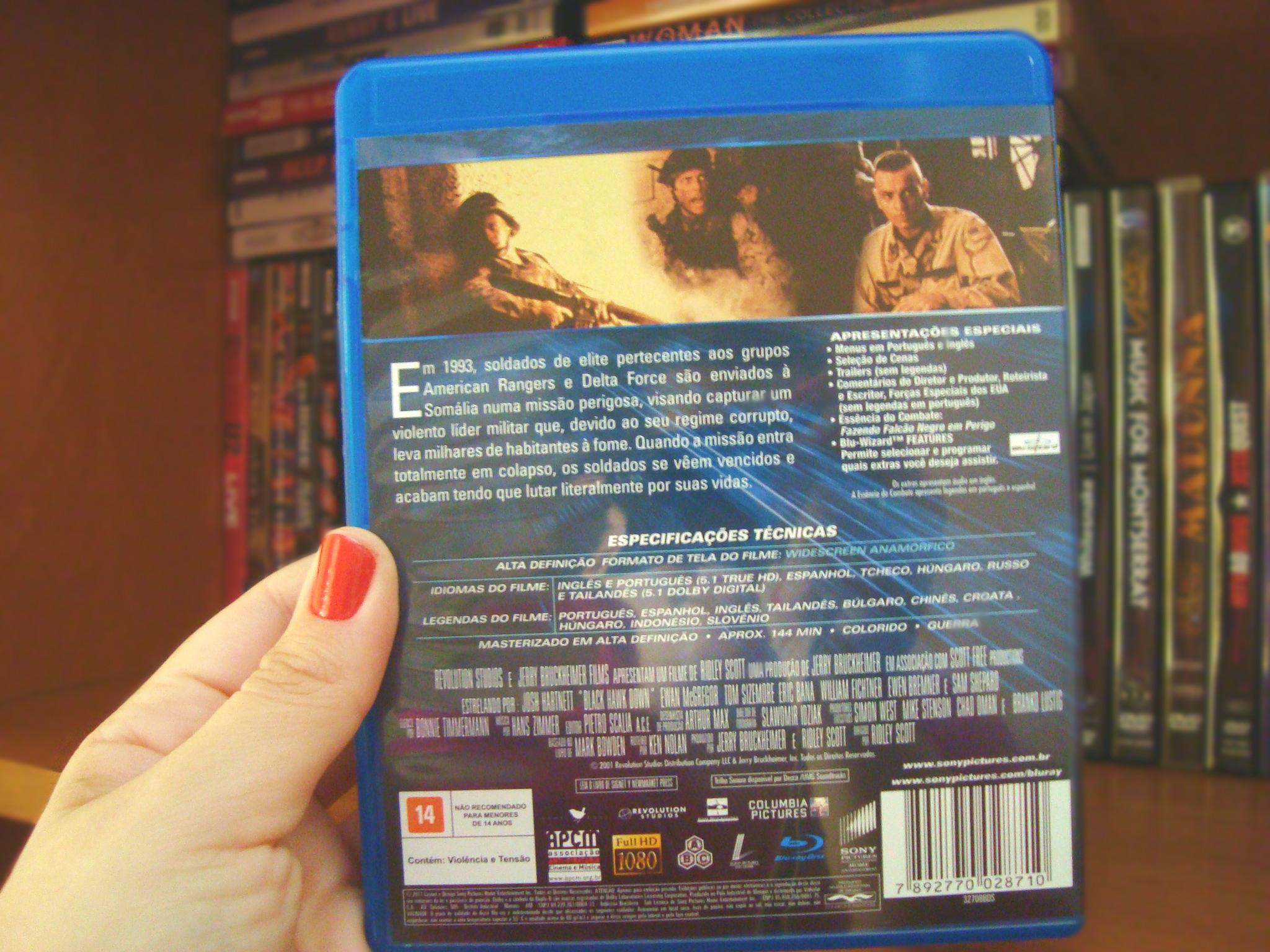 Contra Capa do filme Falcão Negro em Perigo