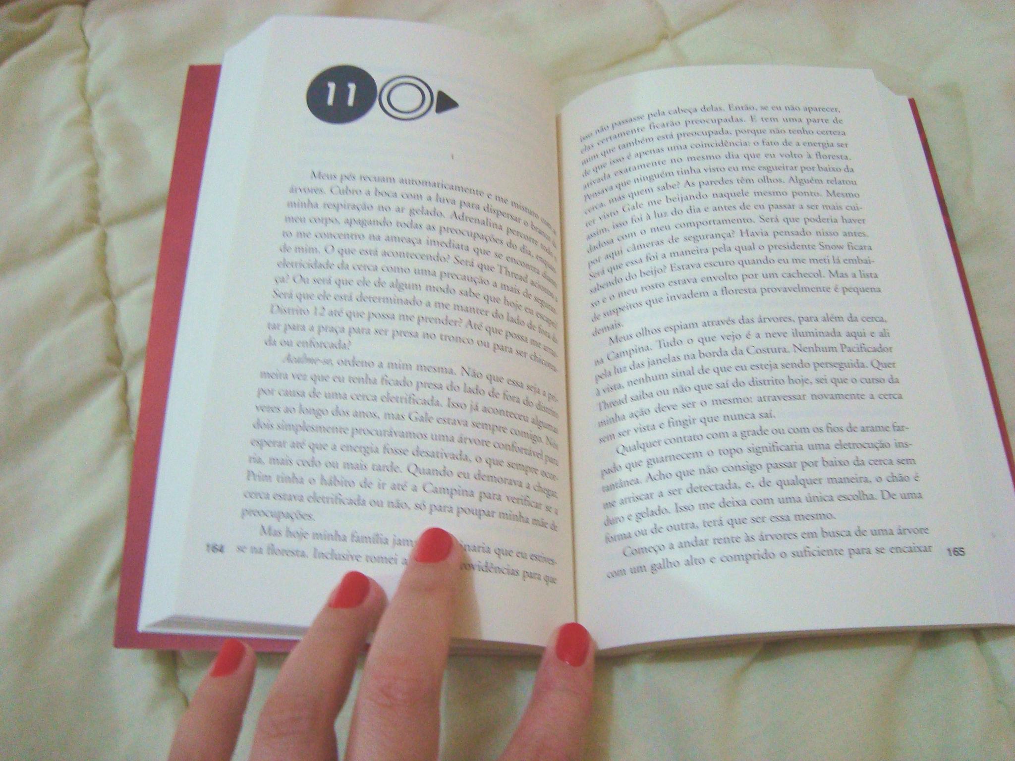 Páginas do livro  Em chamas da série Jogos Vorazes