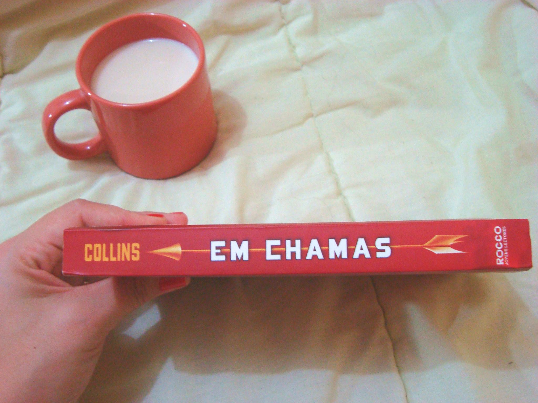 Lombada Livro Em chamas da série Jogos Vorazes