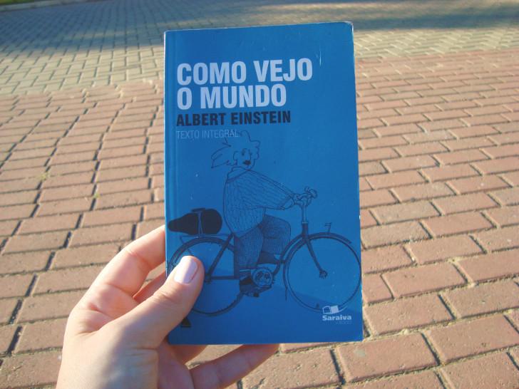 Capa do livro Como vejo o mundo de Albert Einstein