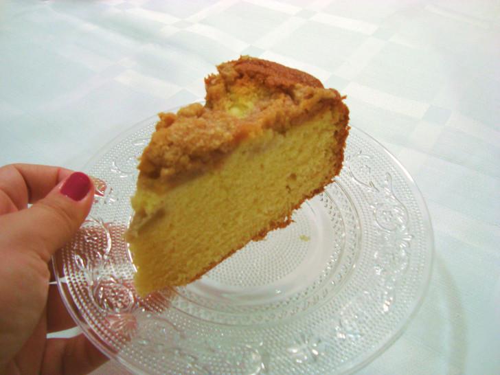 Pedaço de bolo Cuca de maçã