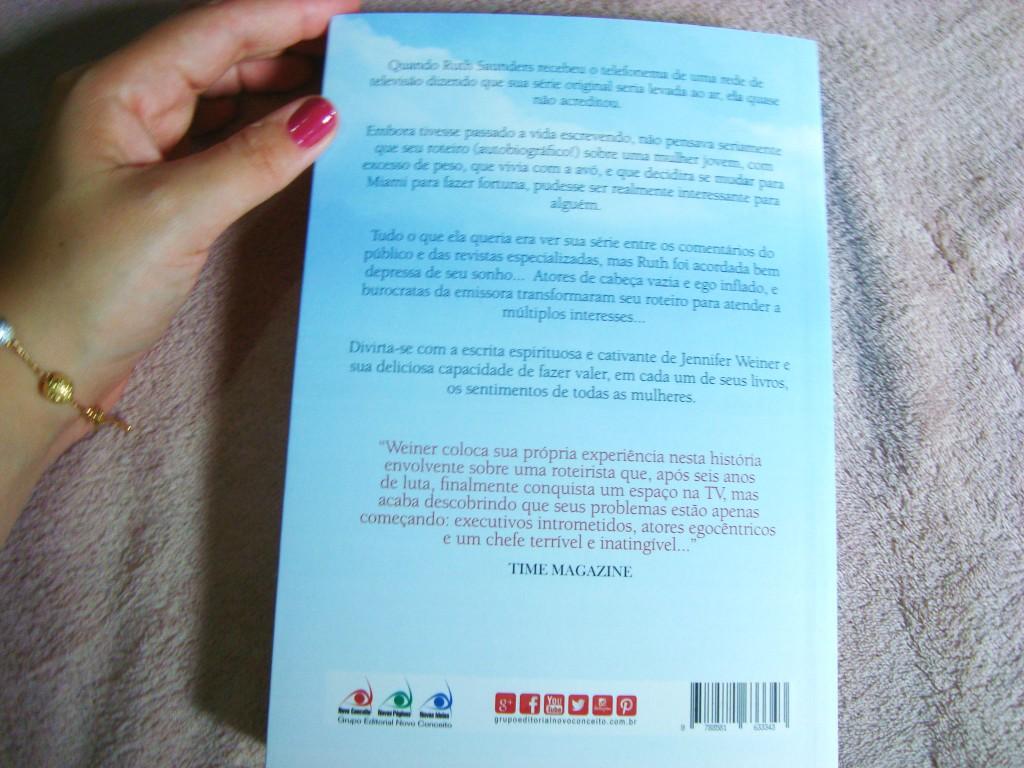 contra capa do livro Dias Melhores Virão