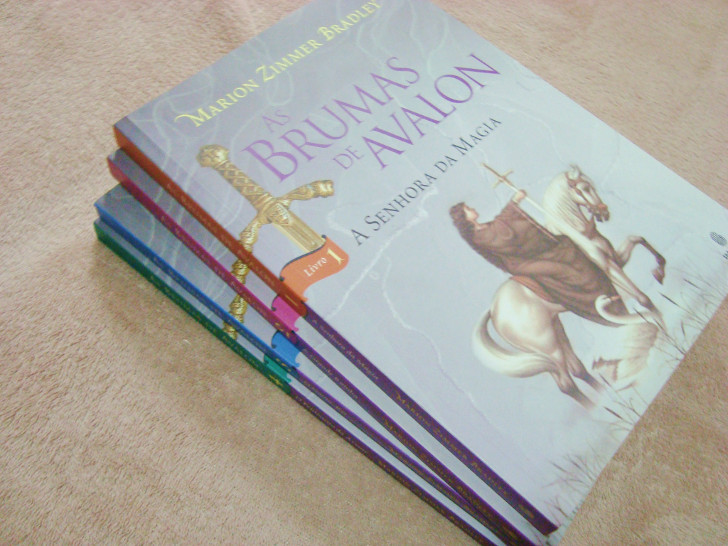 Série de livros As Brumas de Avalon