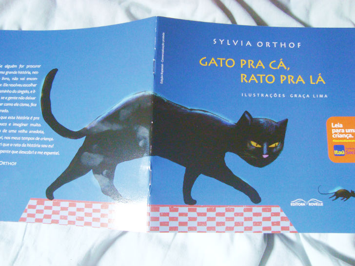 Livro Gato pra cá, rato pra lá do projeto: Leia para uma criança do banco Itaú