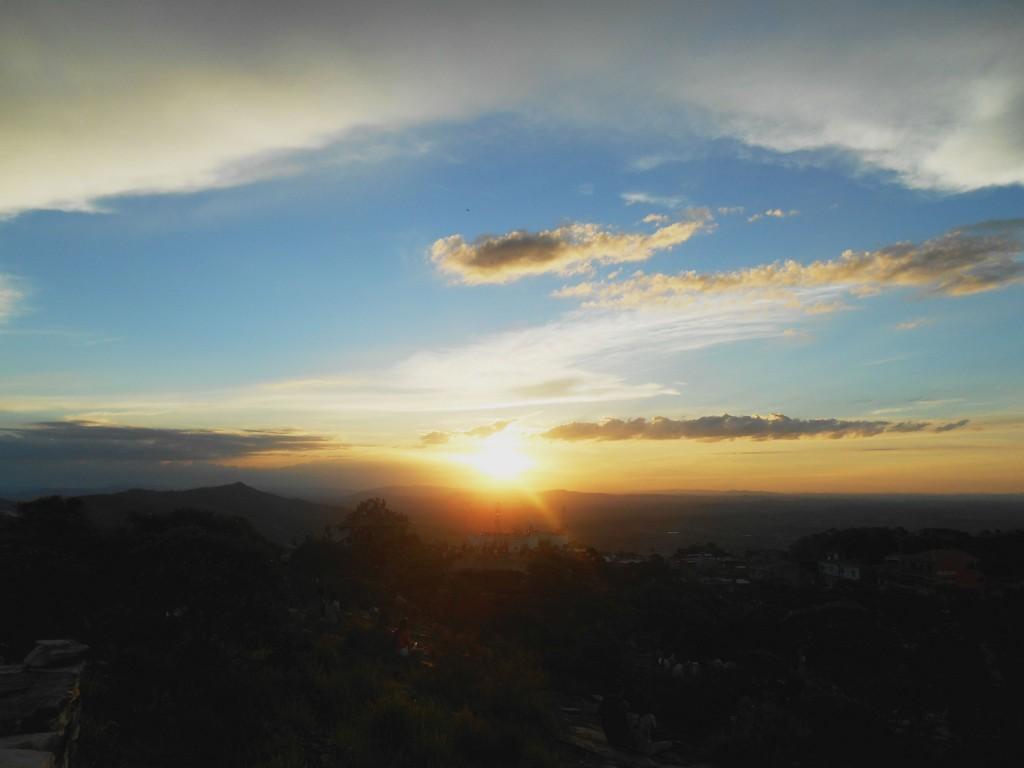 Pôr-do-sol em São Thomé das Letras (Pirâmide)