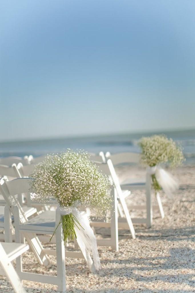 decoração delicada para casamento na praia