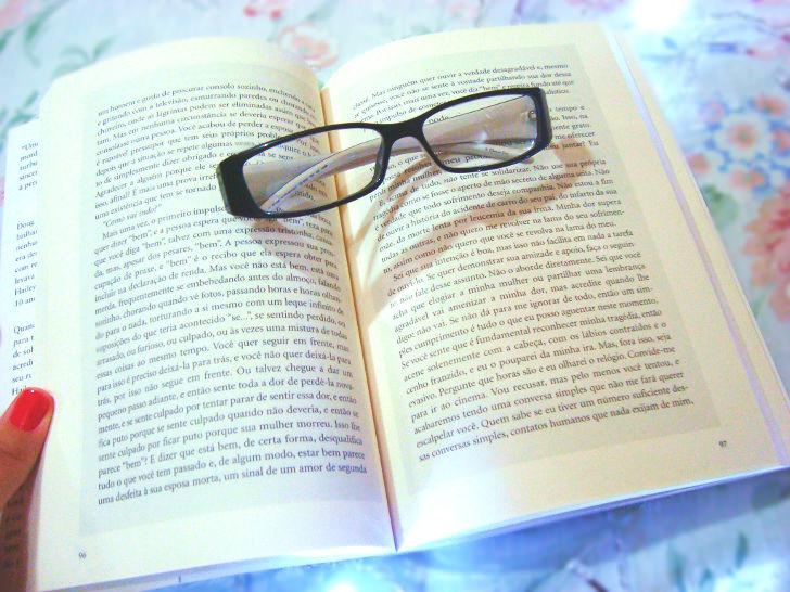 """páginas do livro: """"como falar com um viúvo"""""""