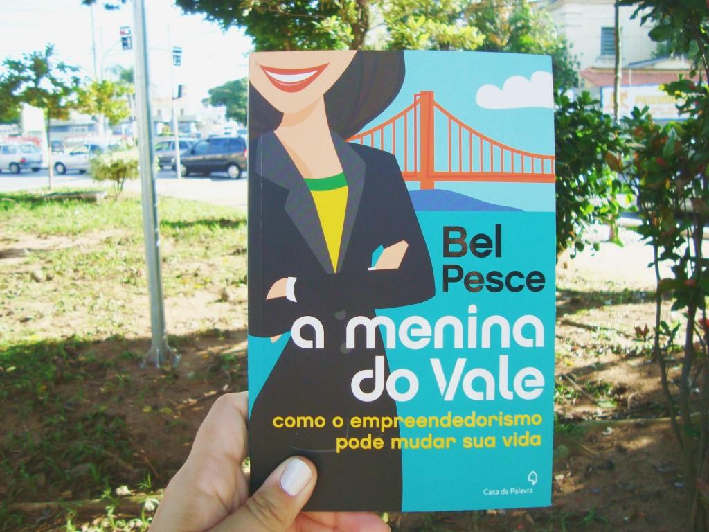 capa do livro: A menina do vale de Bel Pescer