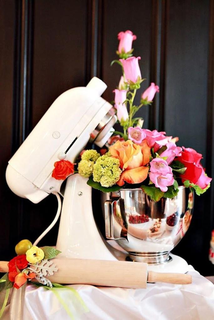 batedeira decorada com flores