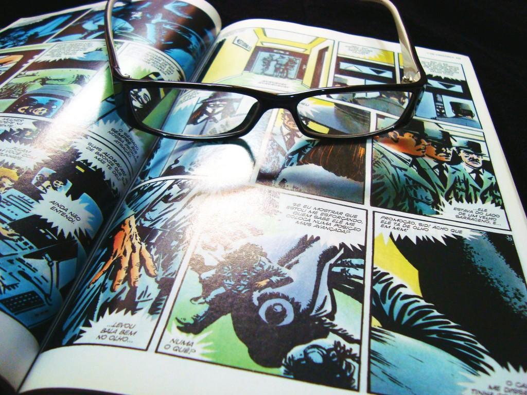 """óculos DIOR - Páginas da HQ """"V de vingança"""""""