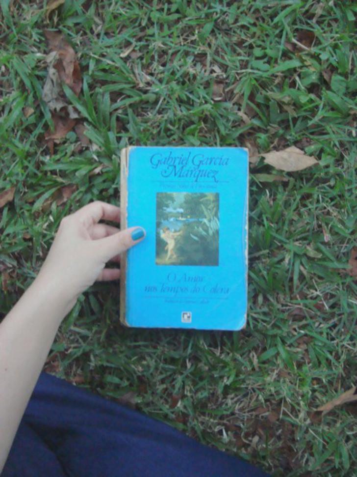 """Capa do livro """"O Amor nos tempos do cólera"""""""