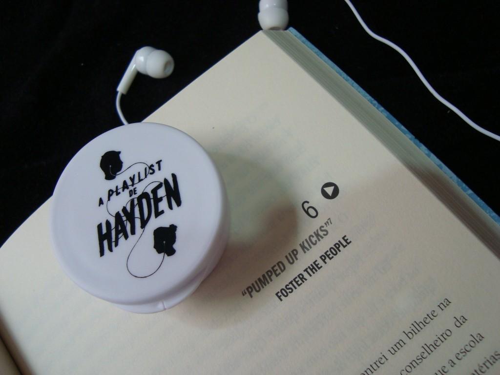 página do livro a playlist de hayden mais foninho