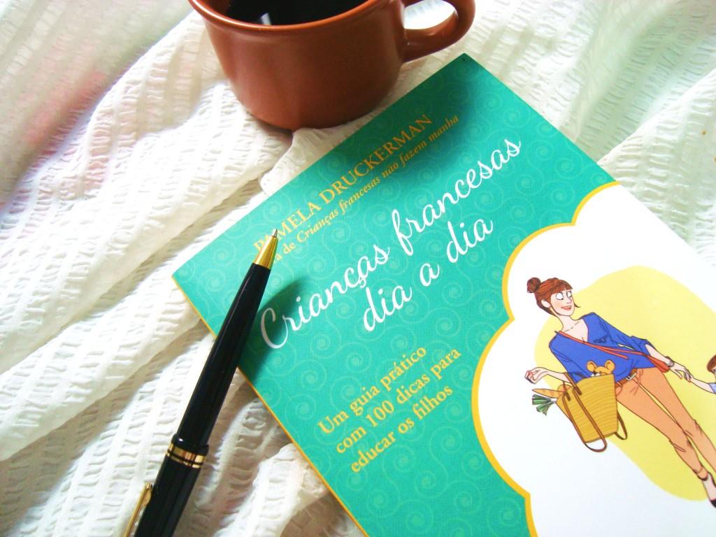Livro Crianças francesas dia a dia