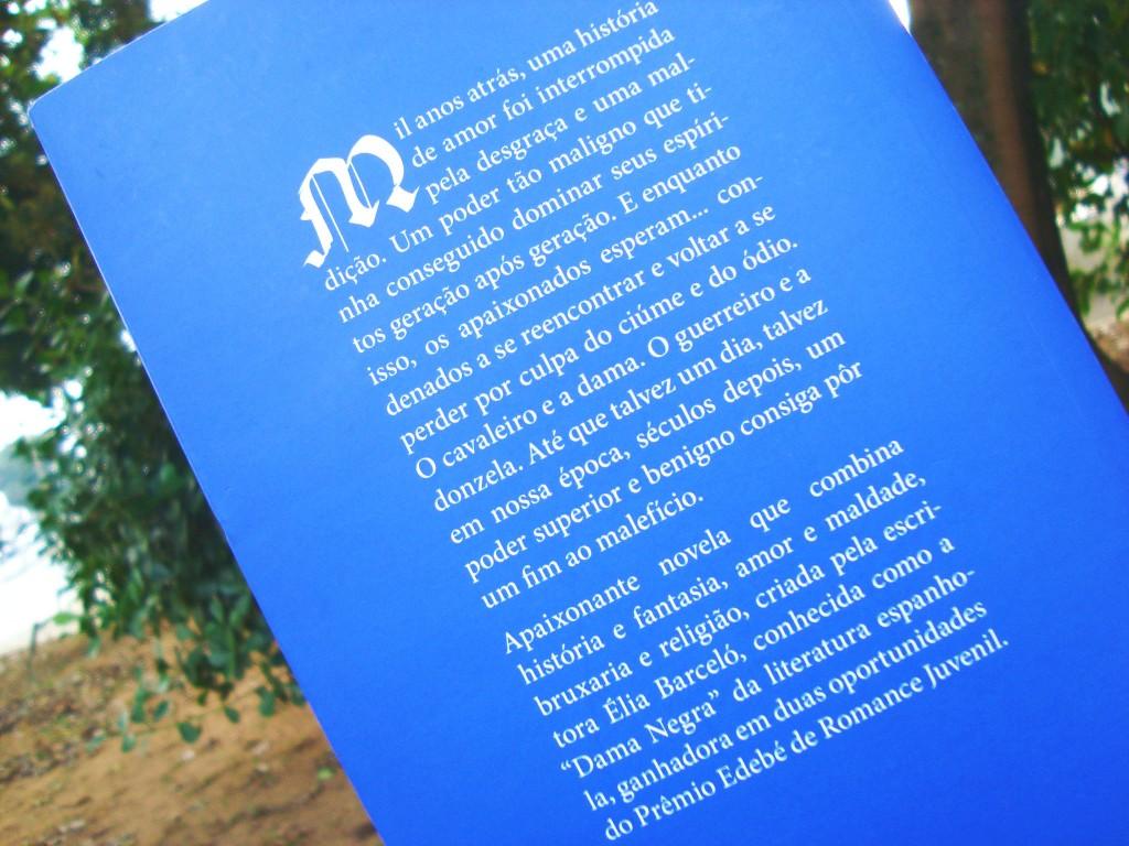 contra capa Livro Cordeluna