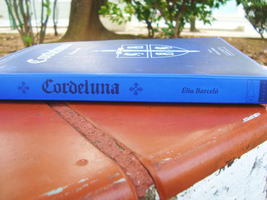 lombada do livro Cordeluna
