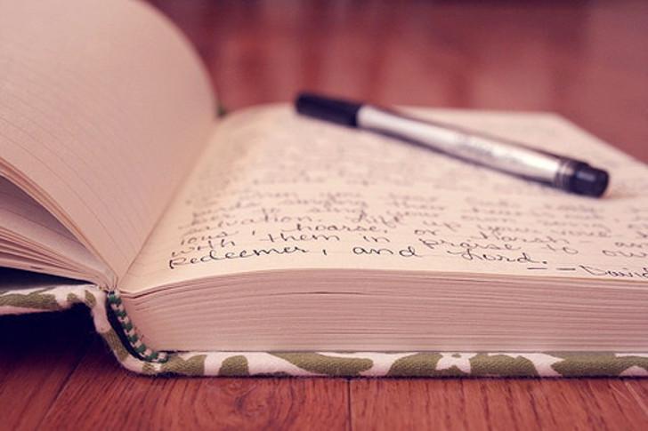 agenda escrita - escrevendo