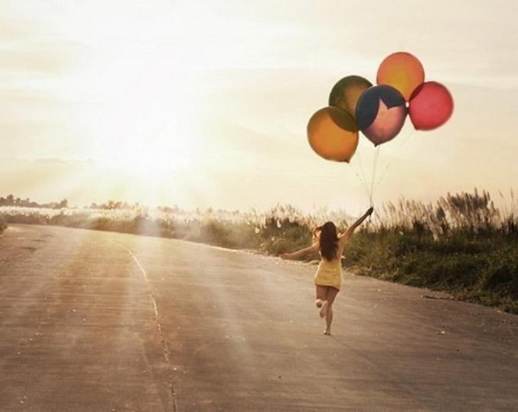 felicidade - balões - having fun - girl