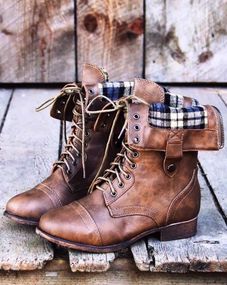 bota marrom - xadrez