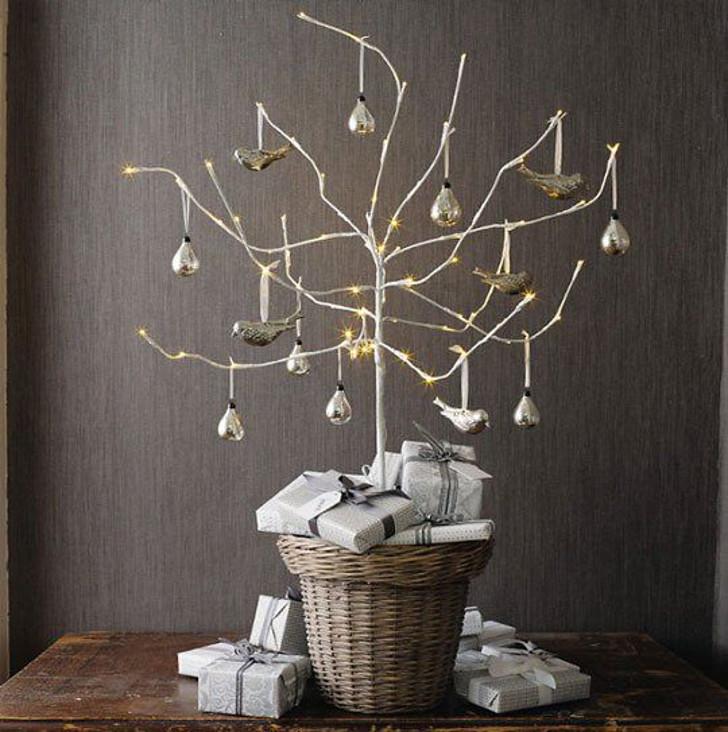 decoração de natal - árvore de natal prata - galhos secos