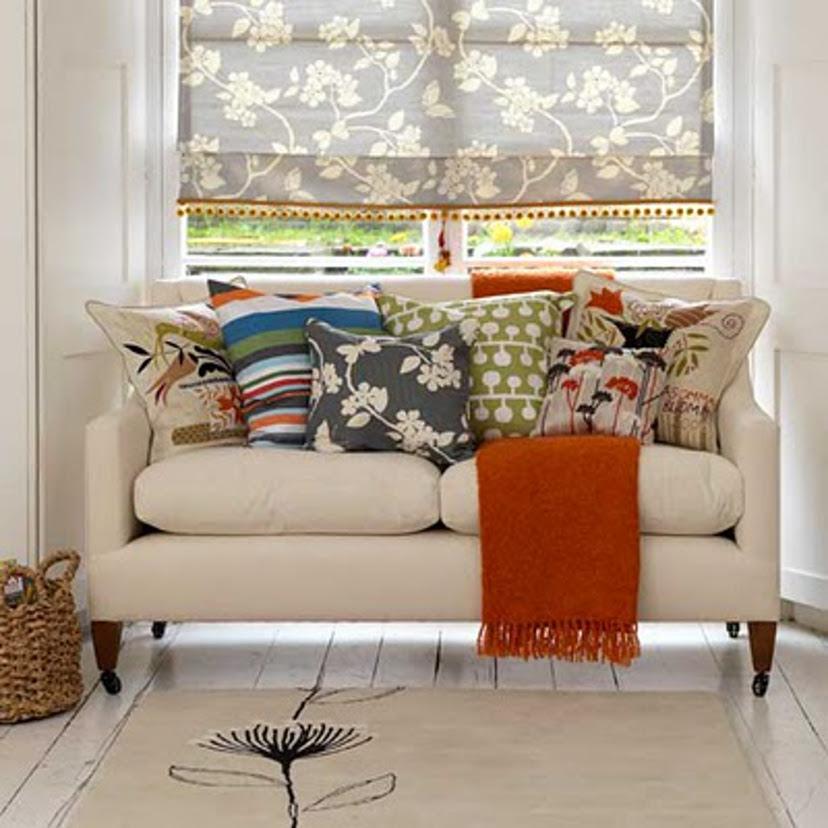 almofadas coloridas na decoração