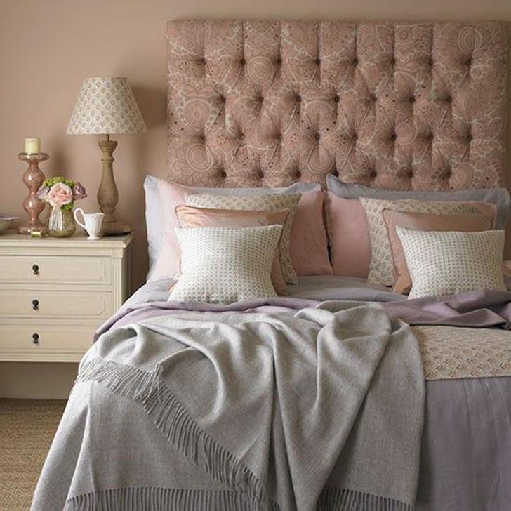 decoração - rosa quartzo na cabeceira