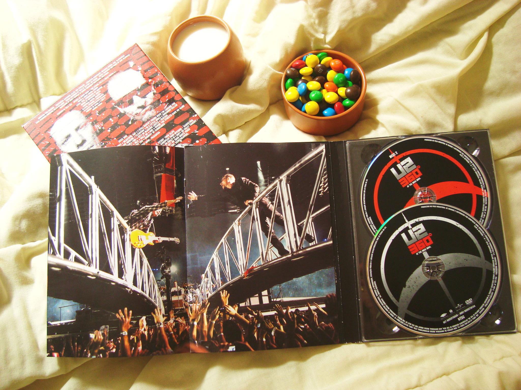 U2 360º At the Rose Bowl - DVD 360 - U2