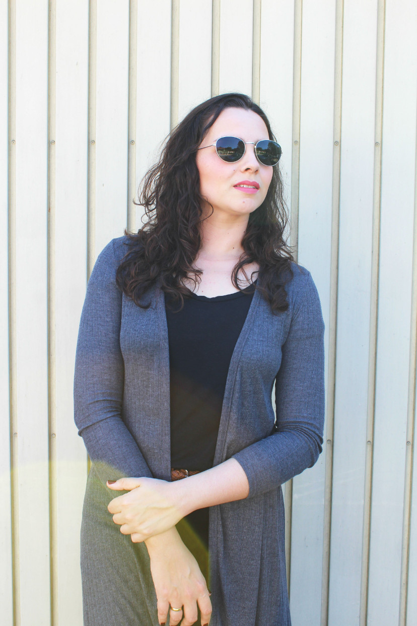 look do dia - maxi cardigan cinza + look all black