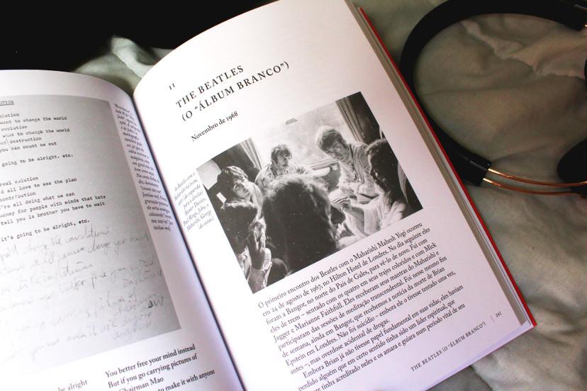 Página interna - Hunter Davies - Curiosidades Beatles Letras mais fone