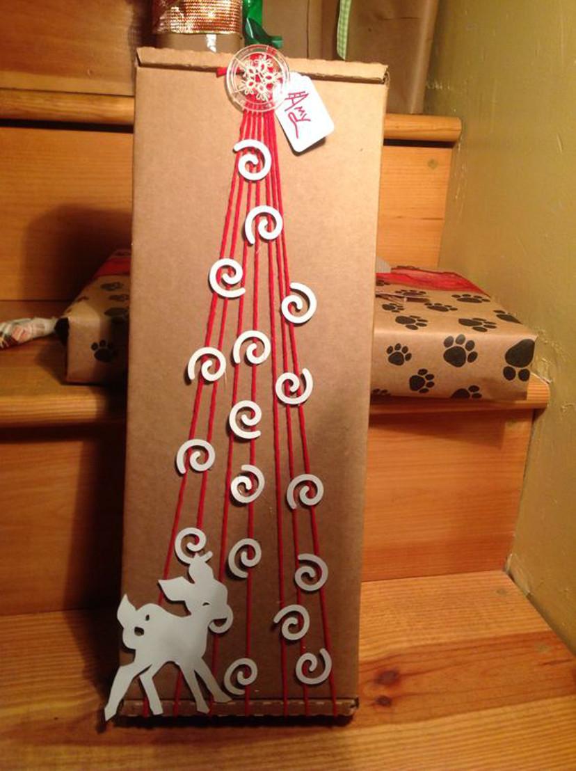 como embrulhar presentes de natal com temas natalinos