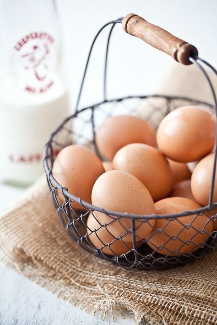 ovos de galinha - cesta