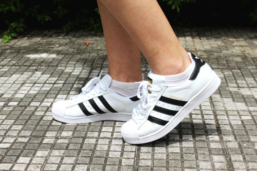 como usar tênis adidas superstar