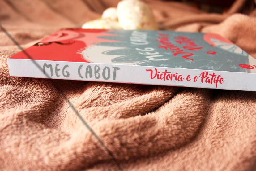 resenha livro Victoria e o Patife