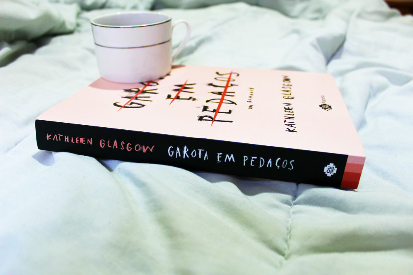 livro garota em pedaços - resenha