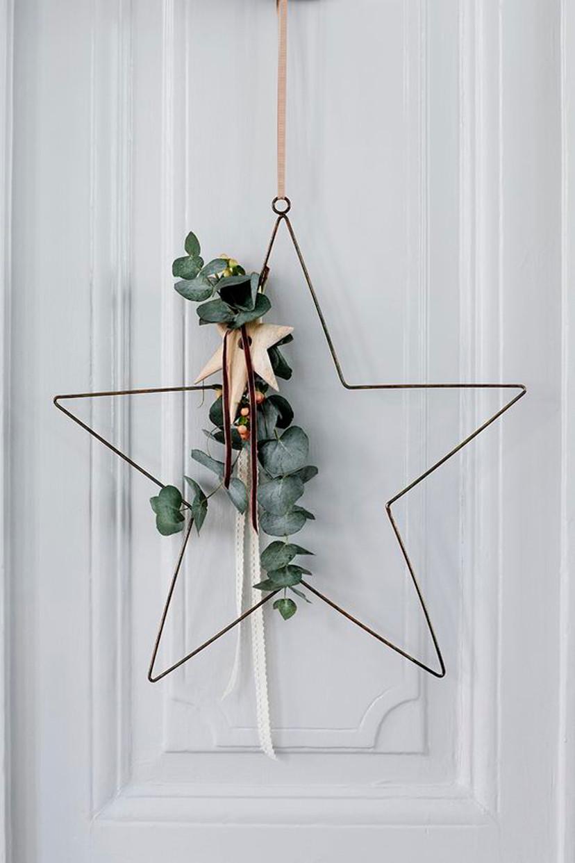 Guirlanda em forma de estrela para decoração de Natal