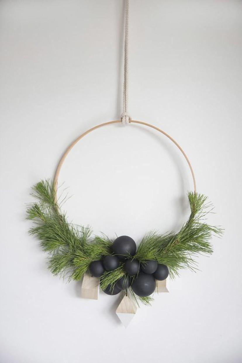 Como decorar usando guirlandas minimalistas no Natal
