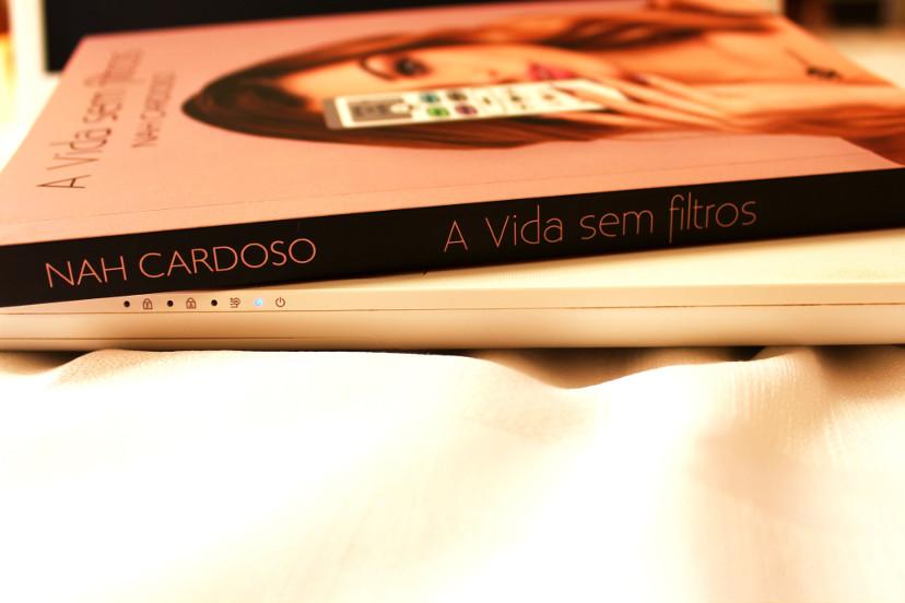 Lombada do livro A vida sem filtros de Nah Cardoso