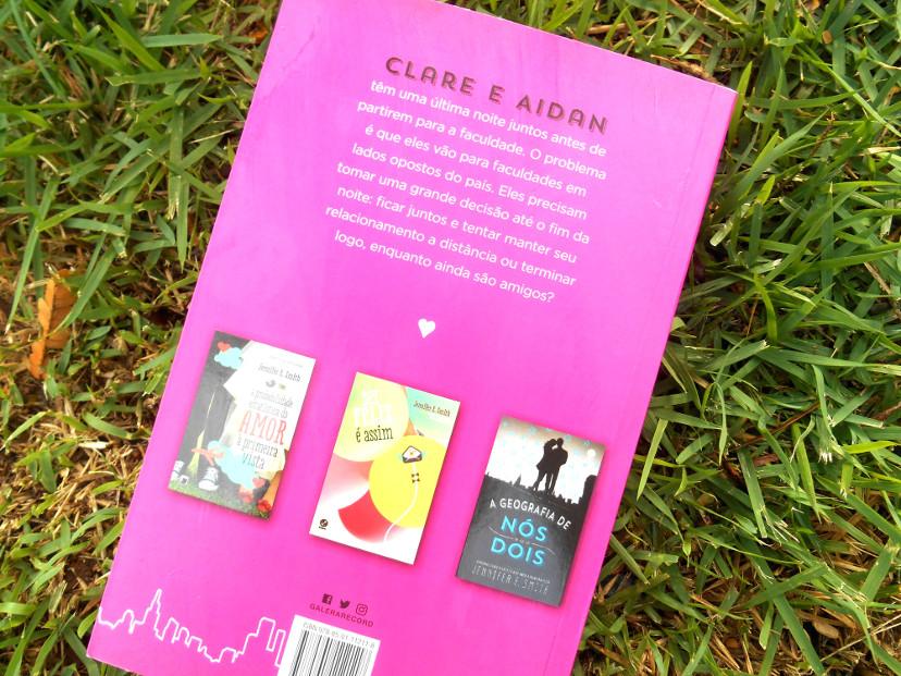 Contra capa do livro Olá, adeus e tudo mais