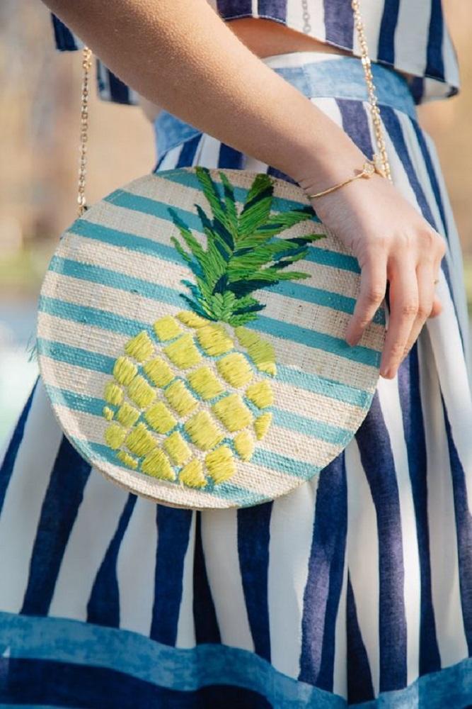 Bolsa com estampa de abacaxi