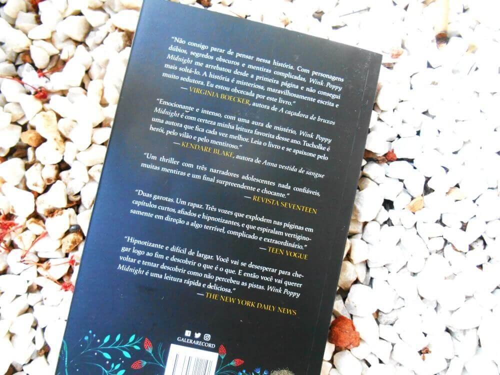 Contra capa do livro - Wink Poppy Midnight