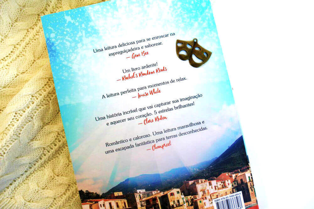 contra-capa do livro - um verão na Itália