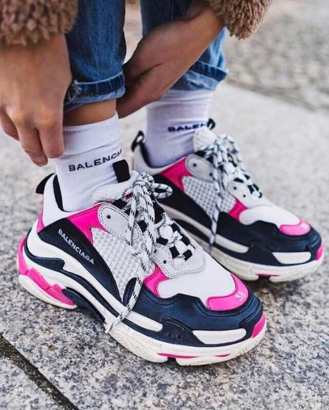 modelo de dad sneakers cor de rosa
