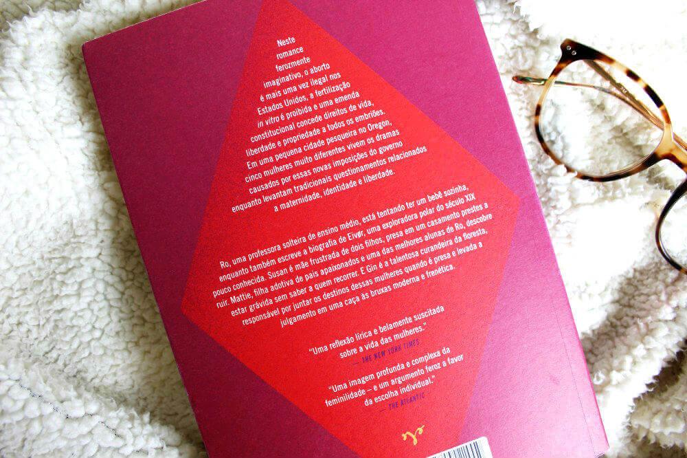 contra capa do livro - As horas vermelhas